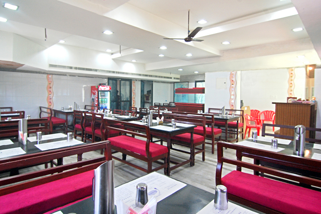 JP Ressidency Pondicherry Restaurant