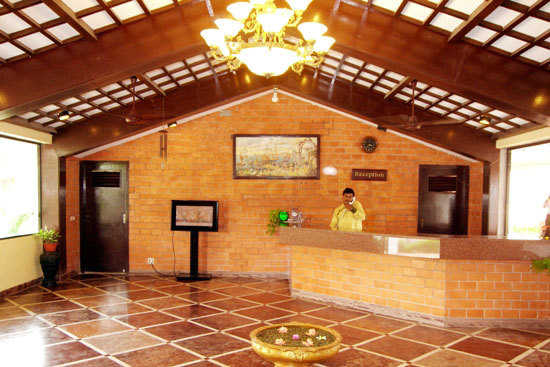 Budget hotels in pondicherry near the beach with tariff Budget hotels in pondicherry with swimming pool
