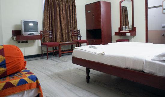Hotel Rooms Near Pondicherry Bus Stand